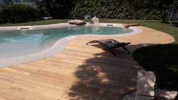 pavimentazione esterne bordo piscina