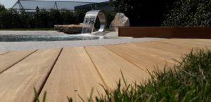 piscina interrata in giardino privato