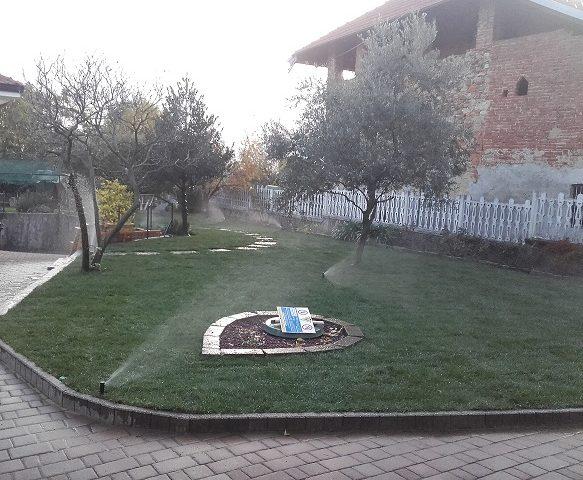 lavori di giardinaggio aprile