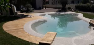 piscina da giardino in pietra naturale